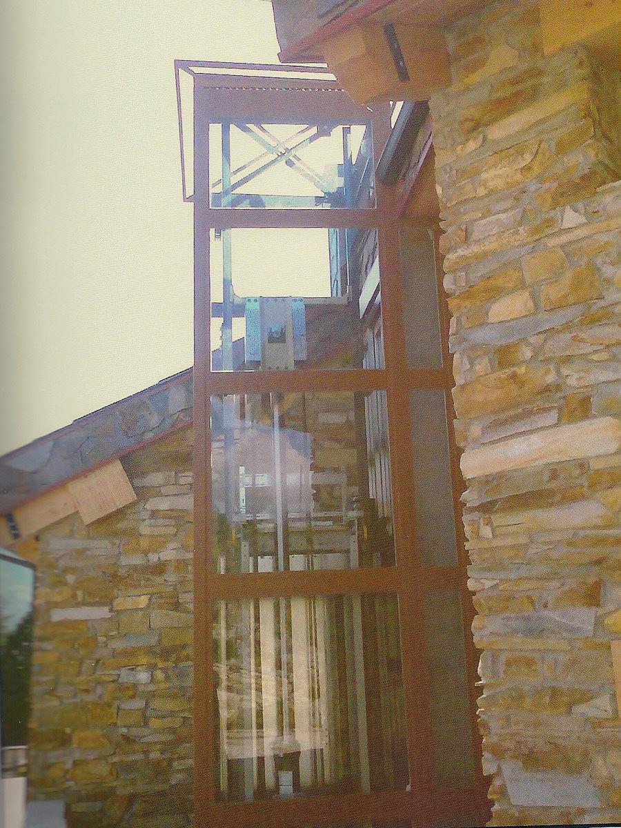 realización de estructura para ascensor panorámico en el Pirineos